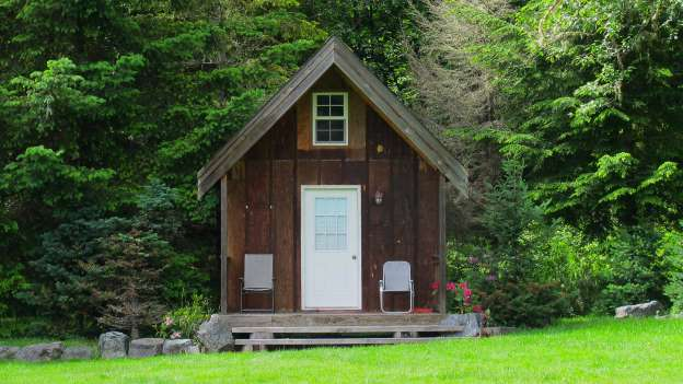 12 Tiny Homes for Sale on Amazon Right Now – Very Cool