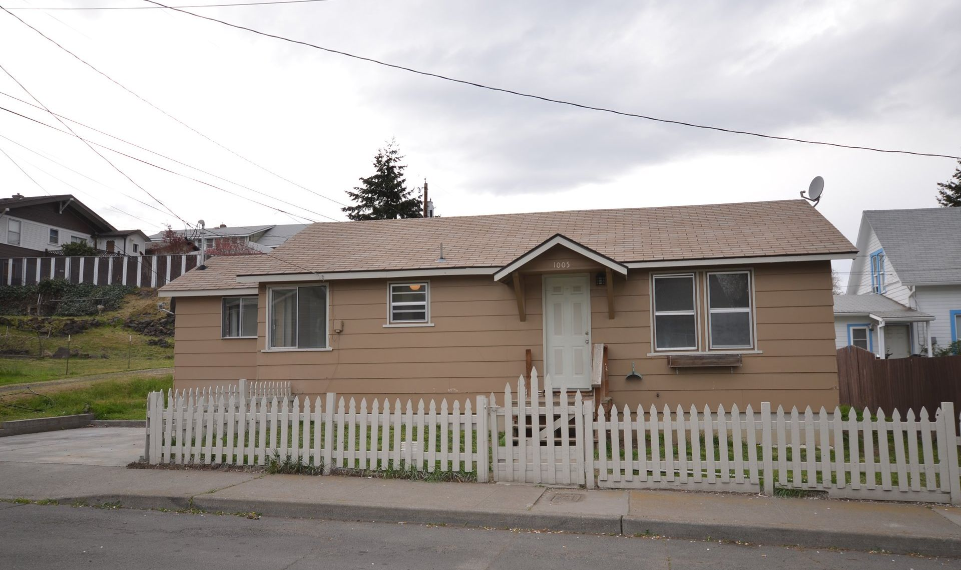 1005 H St The Dalles Price Drop