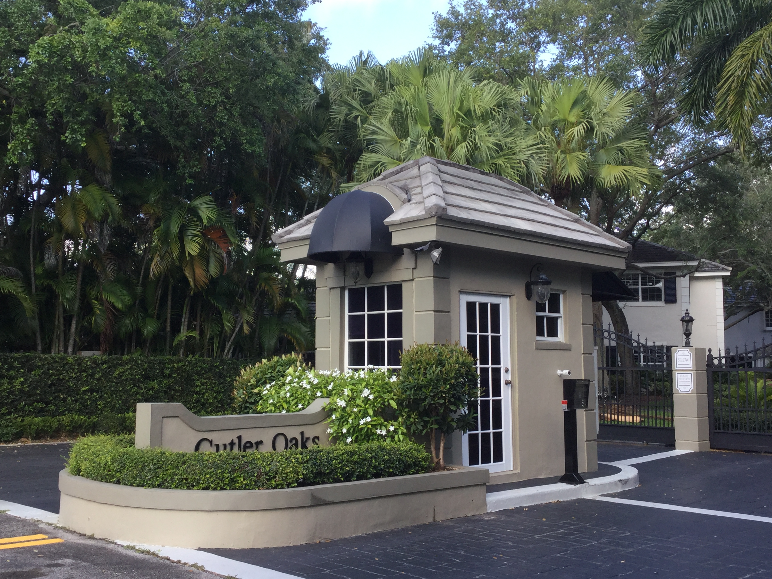 Cutler Oaks Estates, Gated community in Palmetto Bay, Fl