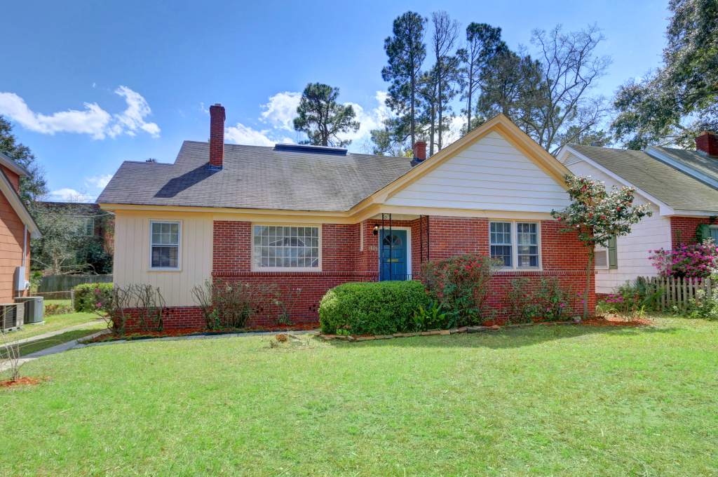 Seller Dorine B 1807 E 32 Savannah.