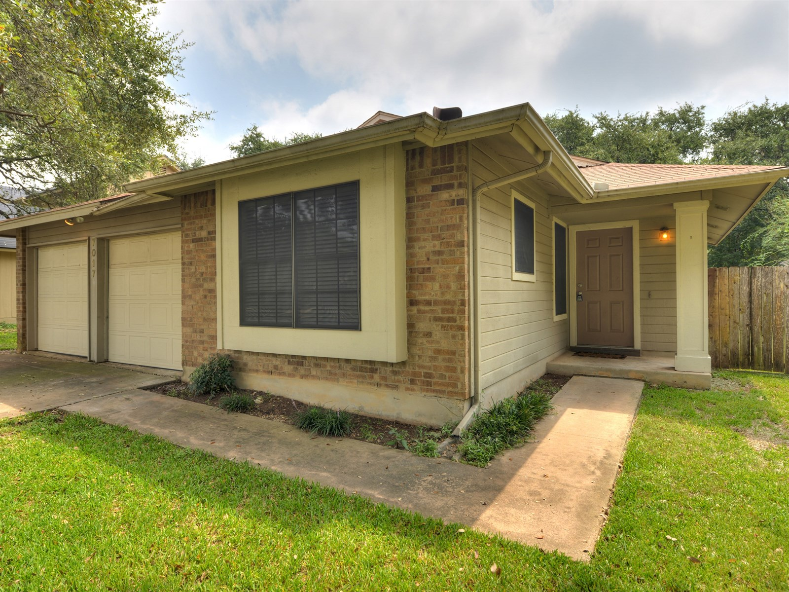 HOME FOR LEASE: 7017 Dallas Dr. 78729