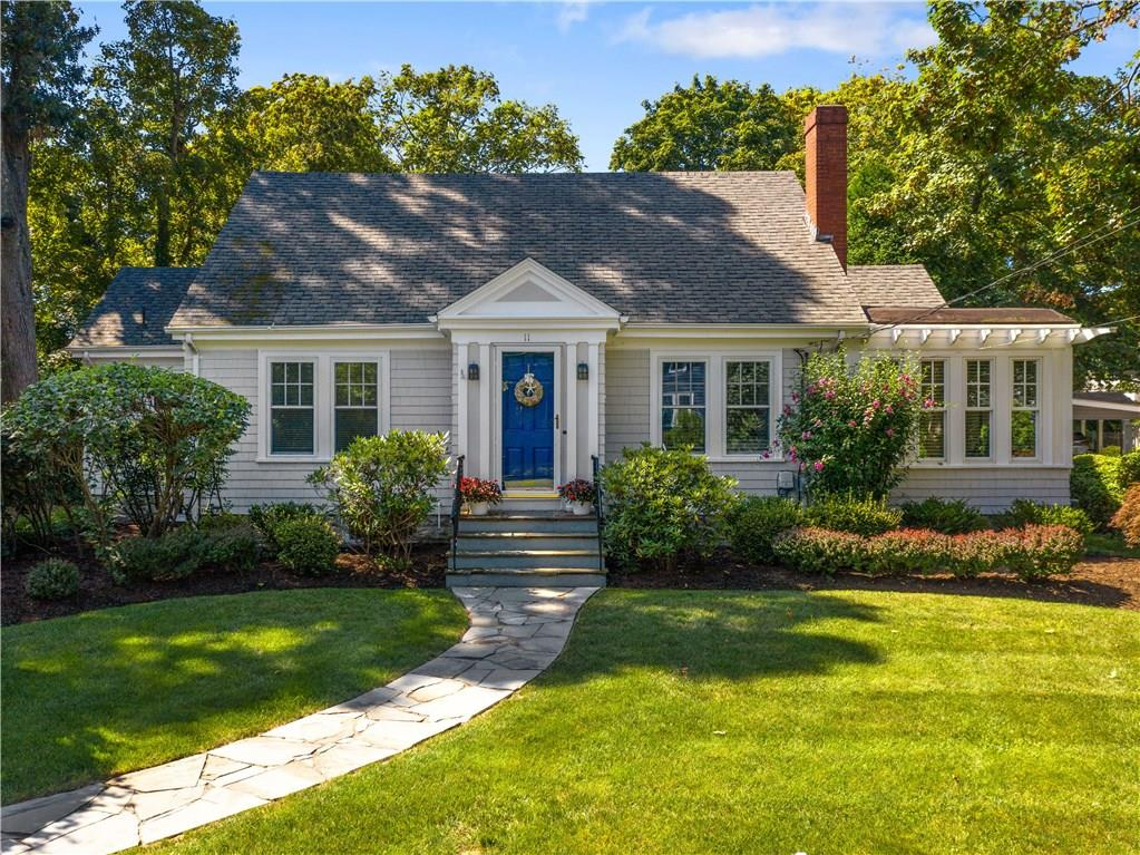 Barrington, RI - Charming 1924 Cape in Rumstick Village