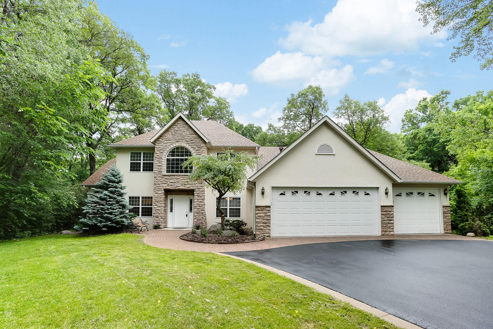 3530 Wescott Woodlands | Eagan, MN 55123