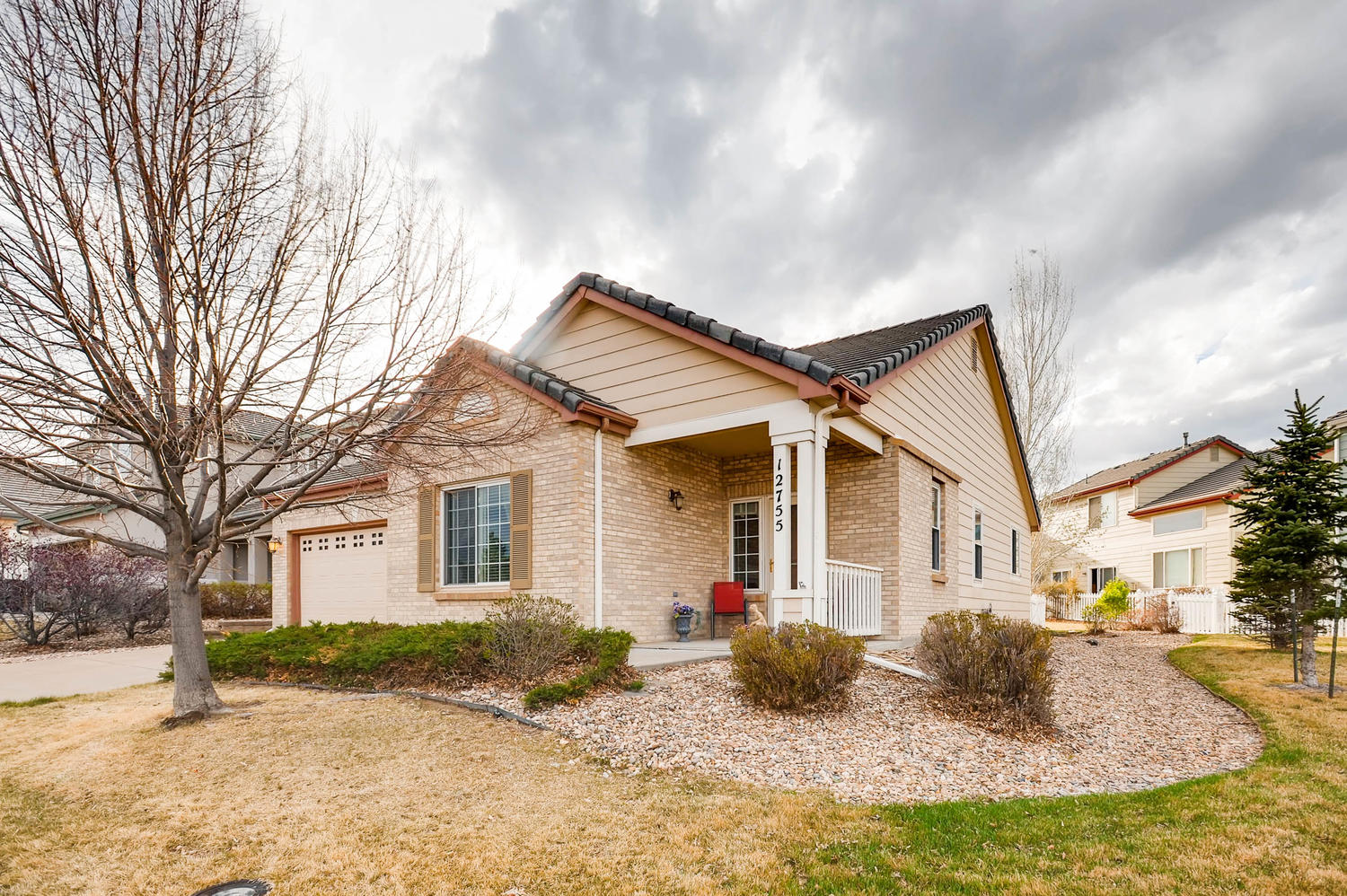 HOT PROPERTY: Perfect Patio Home in Thornton with Lake Views