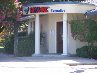 RE/MAX Locations