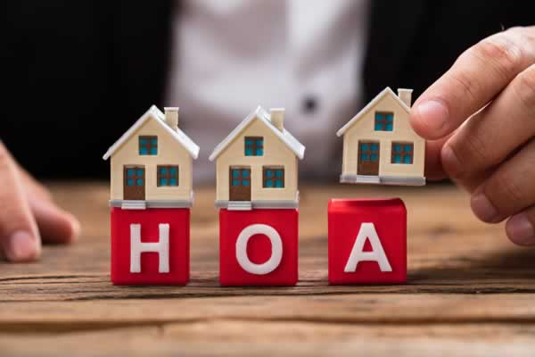 The Pros and Cons of HOAs
