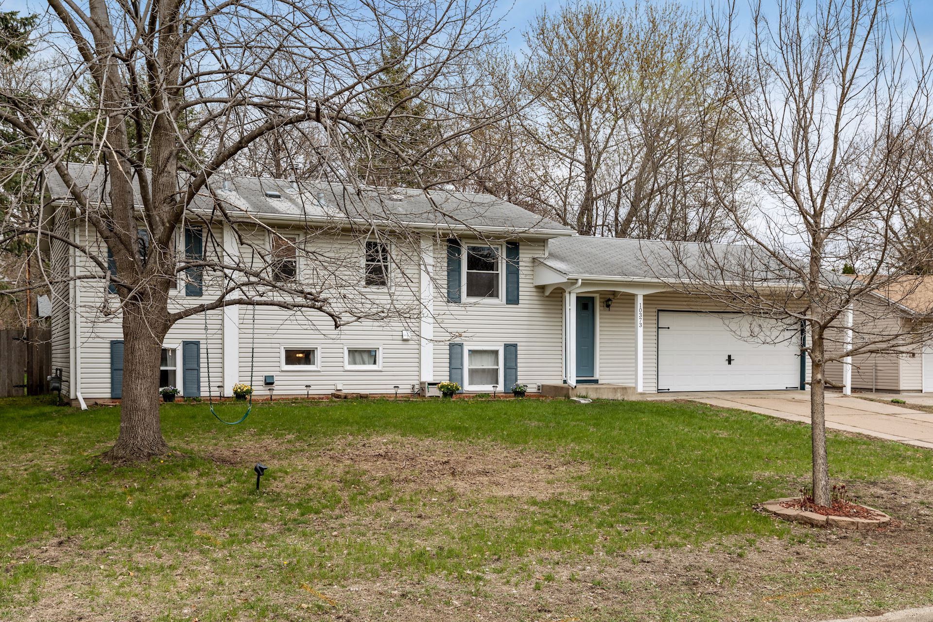 Another Great Coon Rapids Home for Sale