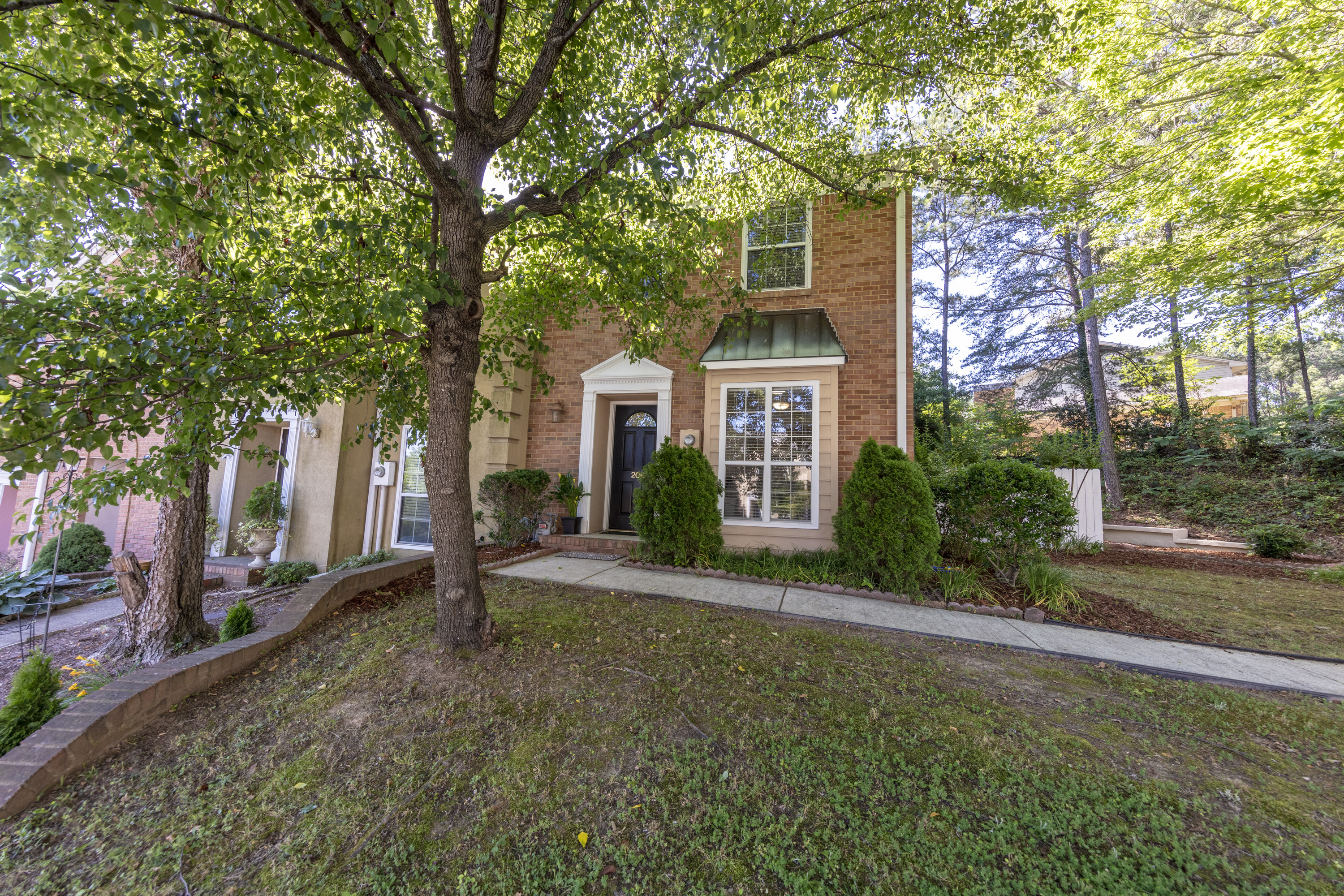 New Listing!! 206 Ridge Park Circle, Hoover