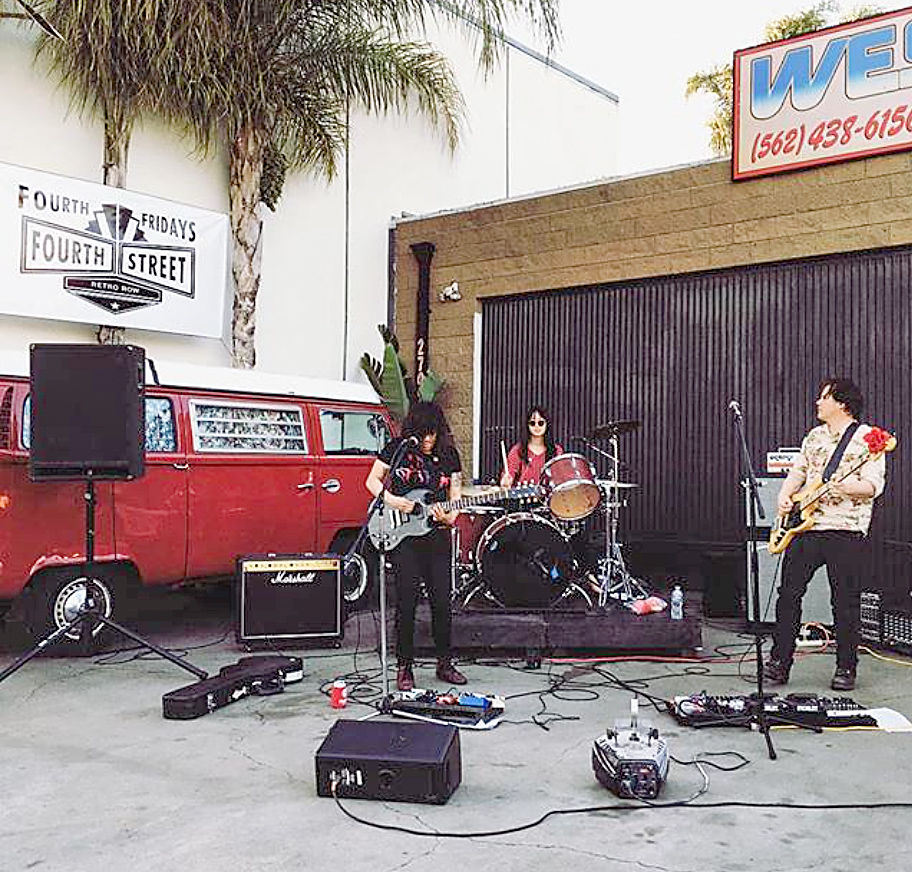 Long Beach Retro Row To Offer Fourth Fridays On Fourth Street Event