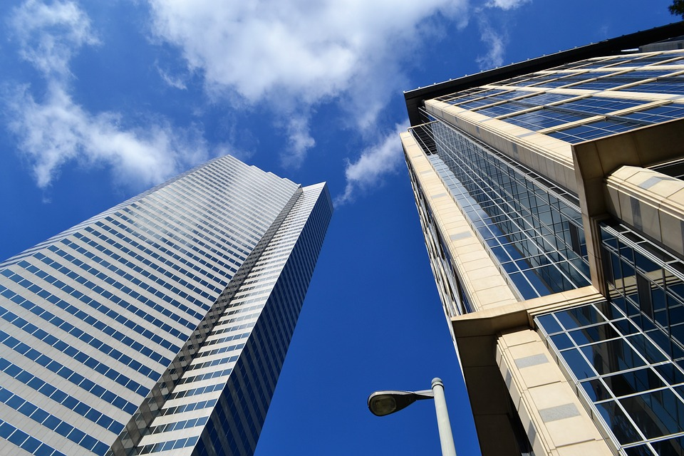 Lease vs. Buy: Which is the smarter choice for commercial office space?