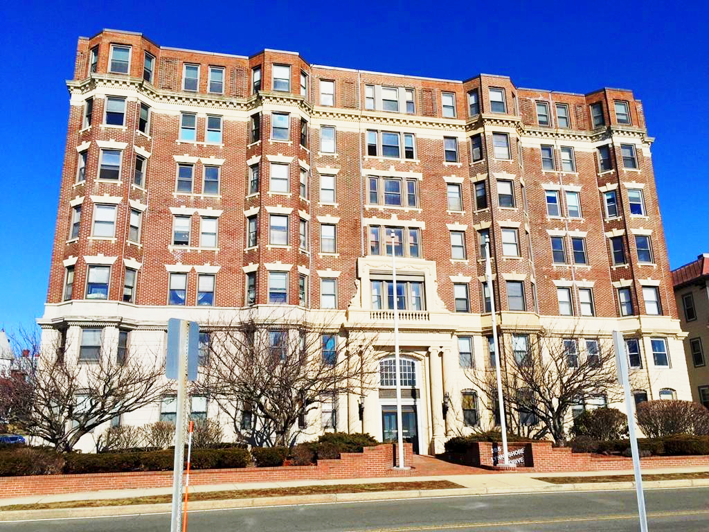 285 Lynn Shore Drive #105 Lynn, MA - Commonwealth Properties Real Estate Melrose, MA