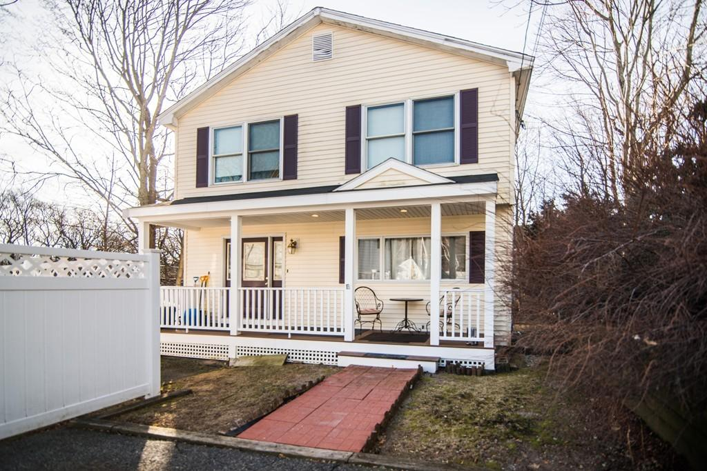 6 Arcadia Street Malden, MA 02148 - Commonwealth Properties Real Estate Melrose, MA