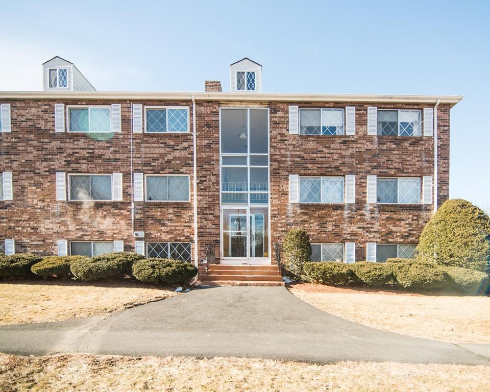 4 Fernview Avenue Unit 2 North Andover, MA 01845 - Commonwealth Properties Real Estate Melrose, MA