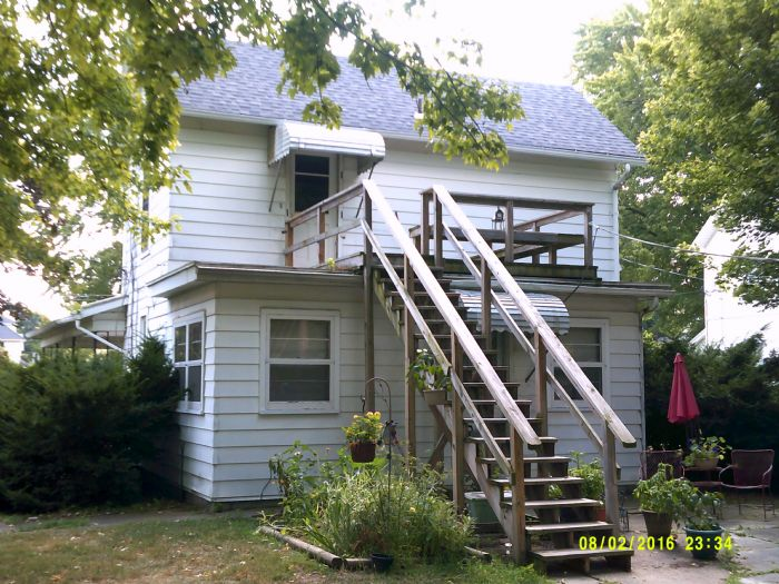444 1/2 S Main St., Bowling Green, OH