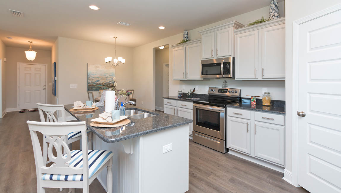 Turnberry Crossings Kitchen