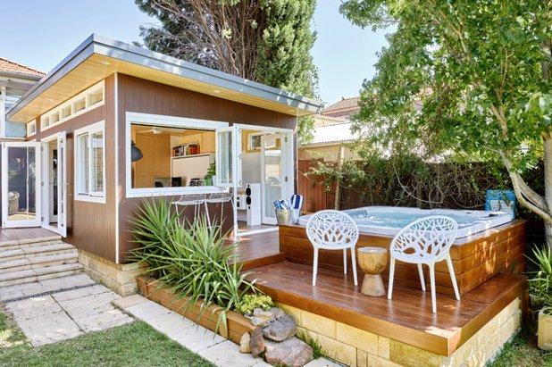 8 Relaxing Backyard Around The World Decks