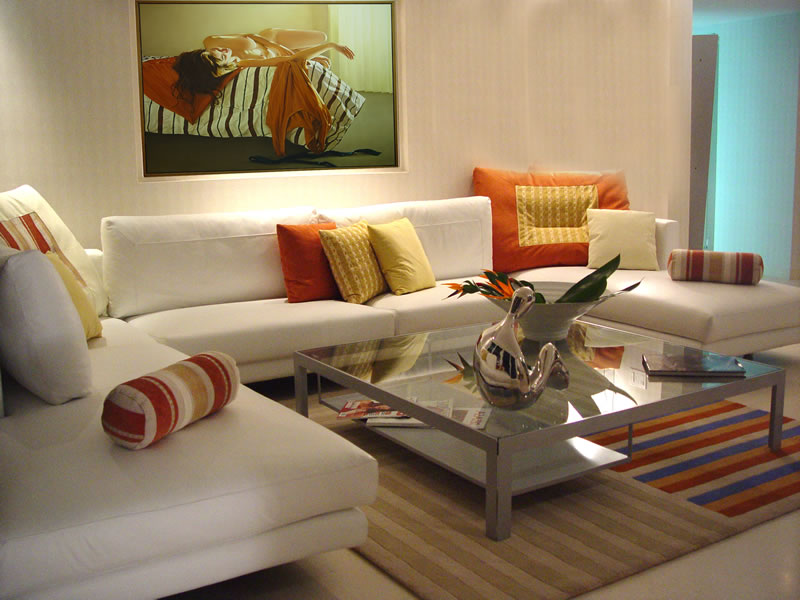 Five ideas that can dramatically improve your living room