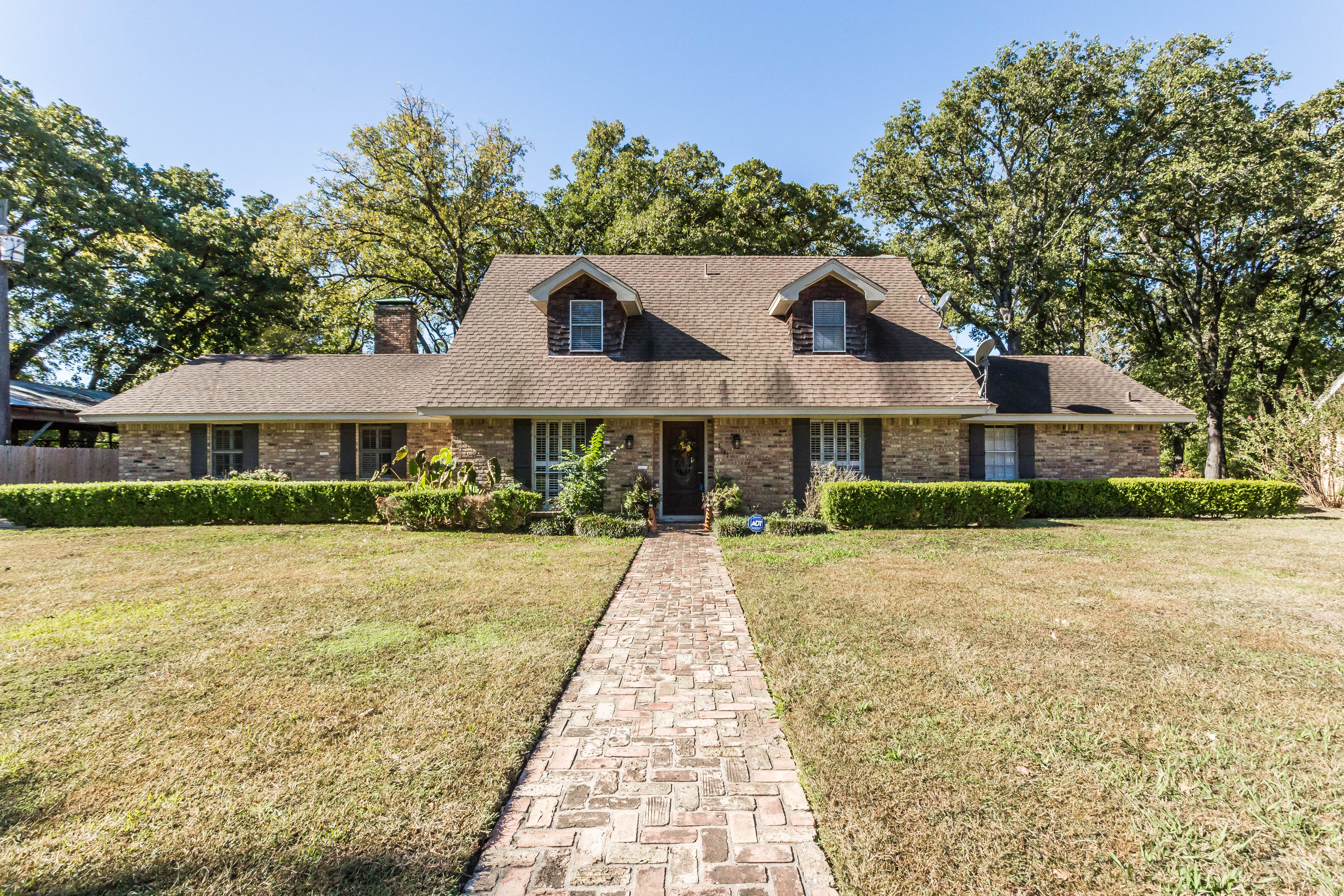 Price Reduced! Beautiful Home for Sale in Corsicana Texas