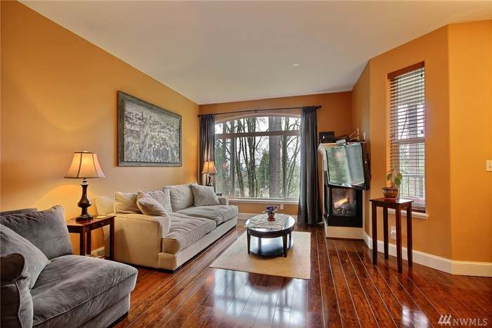 Sold: 5000 Nw Village Park Dr. Unit B in Issaquah
