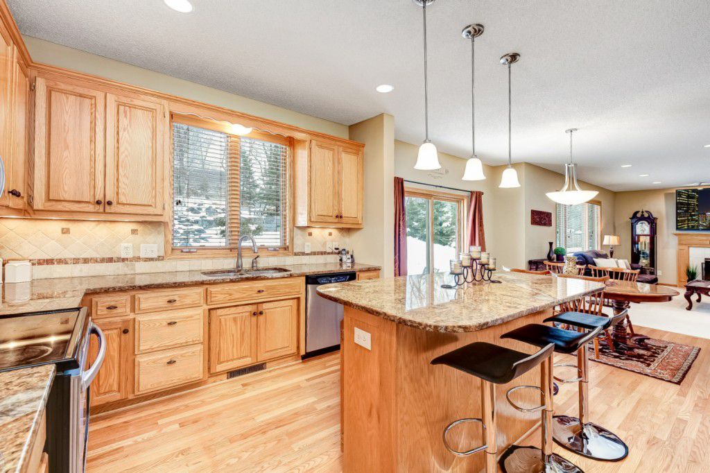 16078 Hawthorn Path, Lakeville, MN
