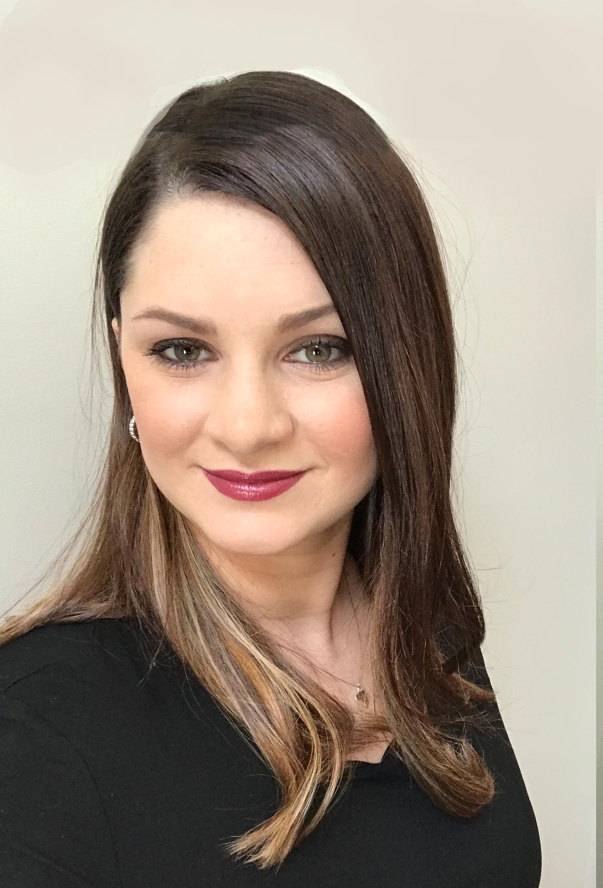 Christina Stenta, Associate Real Estate Broker