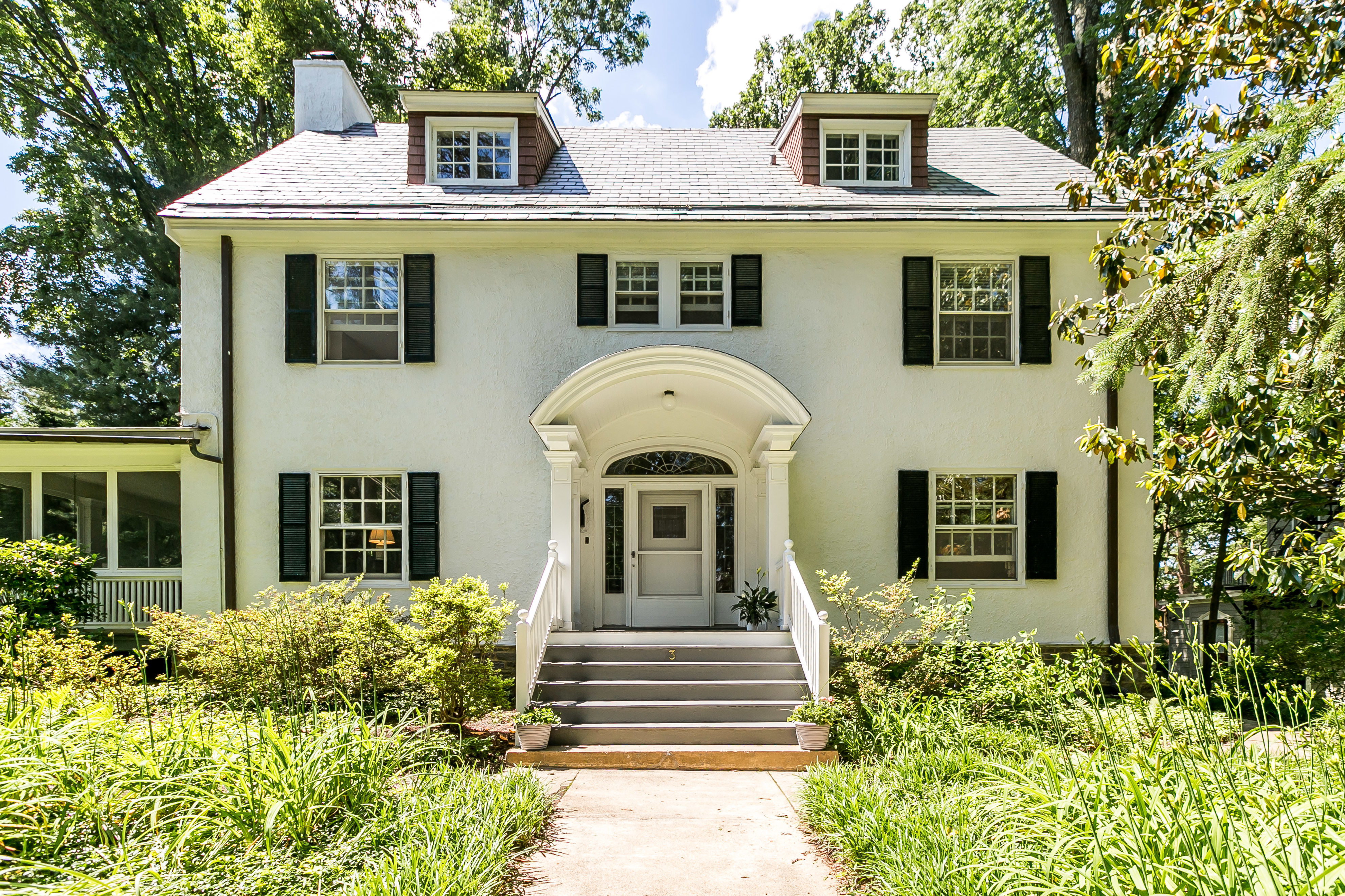 SOLD IN ROLAND PARK