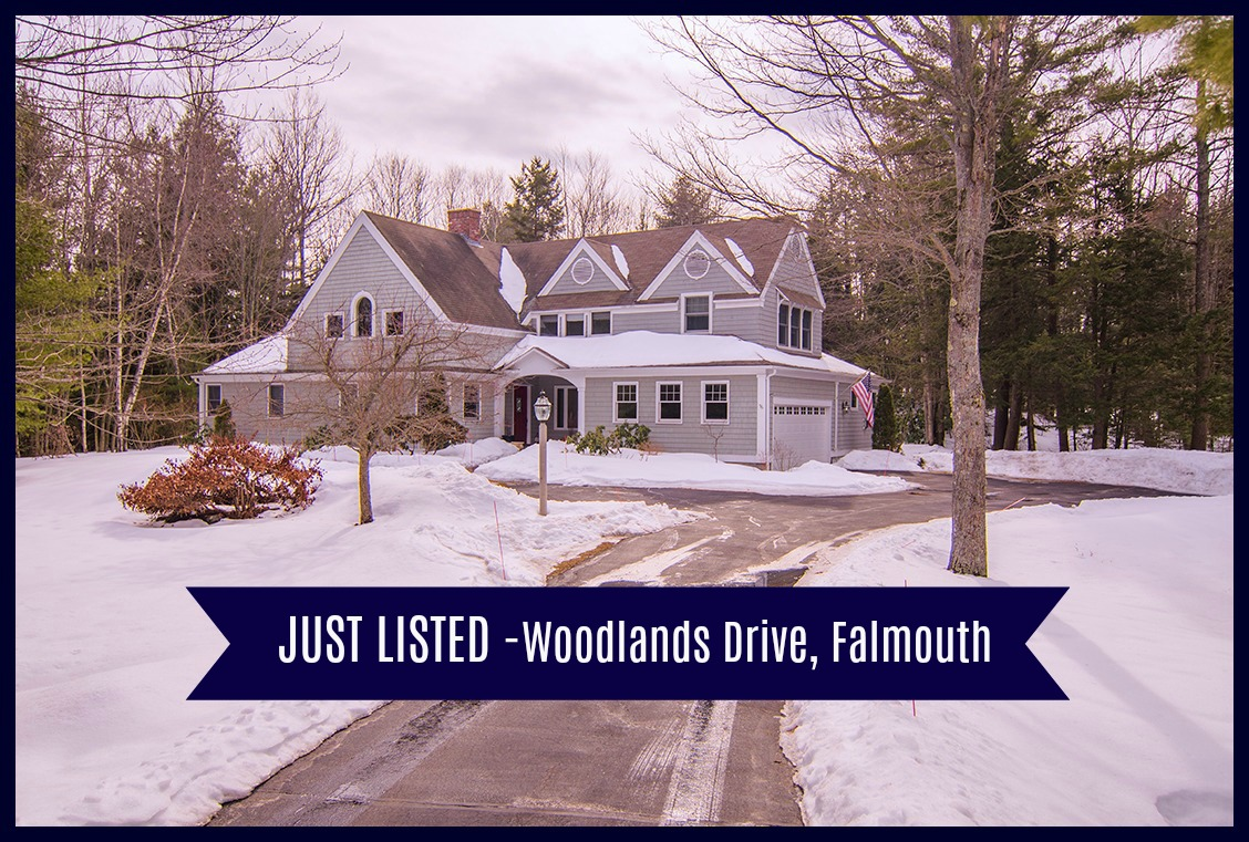 Just Listed – Beautiful Woodlands Home