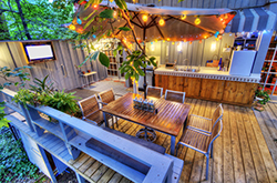 5-STEP CHECKLIST TO SPRUCE UP A BACKYARD
