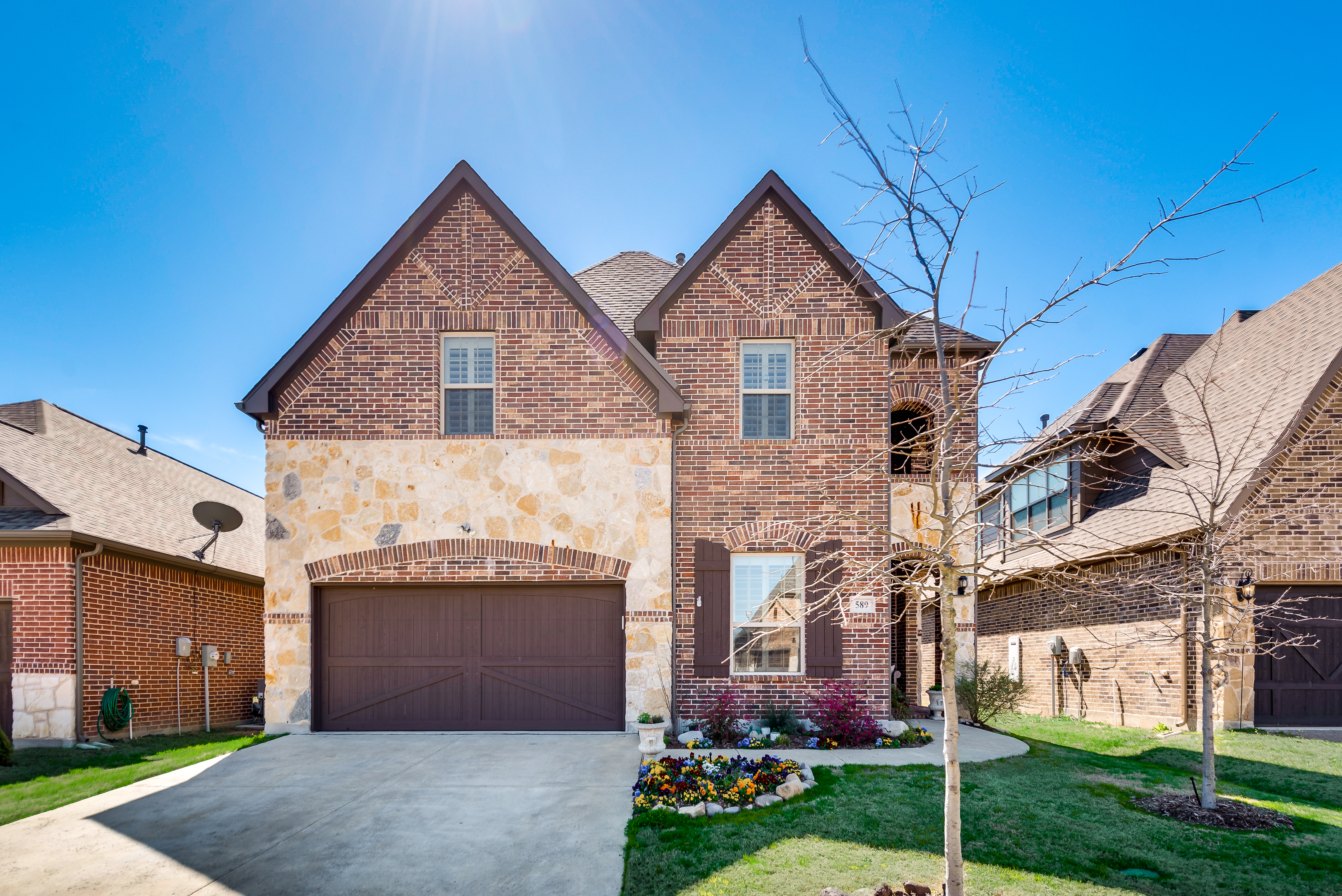 Beautiful new listing!  589 Bordeaux – Rockwall, TX 75087